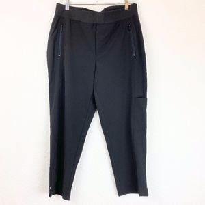 NWT Chico's Zenergy Black Neema Grace Crop Pants 8